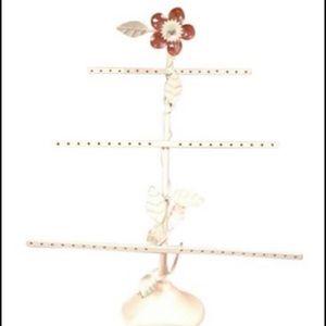 PB Teen Floral Earring Holder